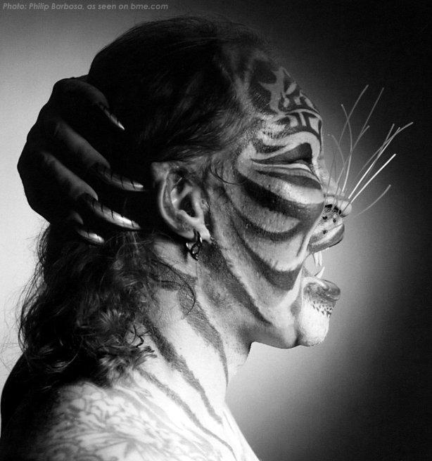 "Dennis Avner ""El hombre gato"" 05"