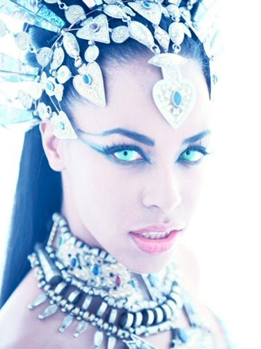 soy un yonki Aaliyah Dana Haughton akasha 00