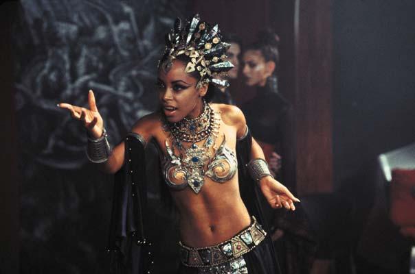 soy un yonki Aaliyah Dana Haughton akasha 04