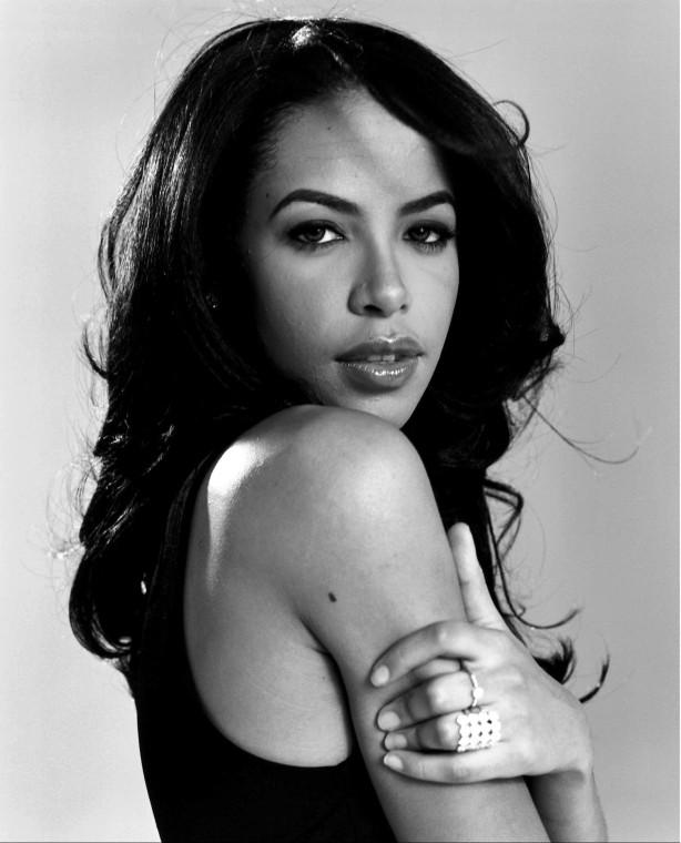 soy un yonki Aaliyah Dana Haughton akasha 08